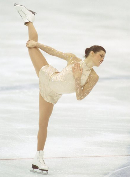 Figure skating dresses aren't just for skinnies! (1/3)