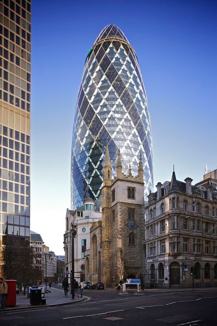30_St_Mary_Axe_from_Leadenhall_Street