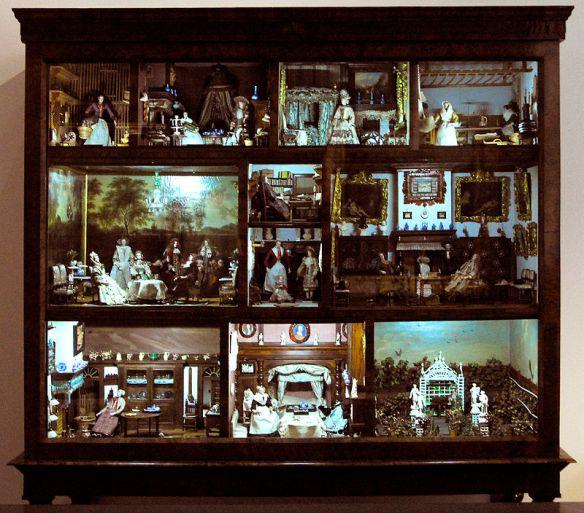 Doll's_house_from_Petronella_de_la_Court_1670-1690 by Typezero